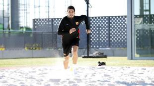 Suárez, trabajando en la arena de la ciudad deportiva.