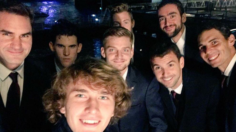 Los ocho maestros de Londres se hacen un selfie
