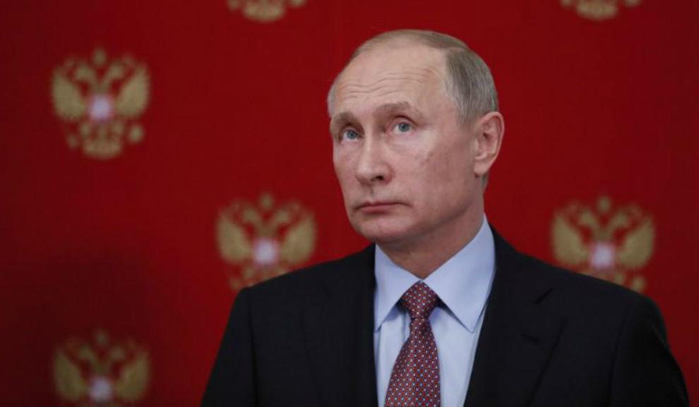 Vladimir Putin, antes de una rueda de prensa.
