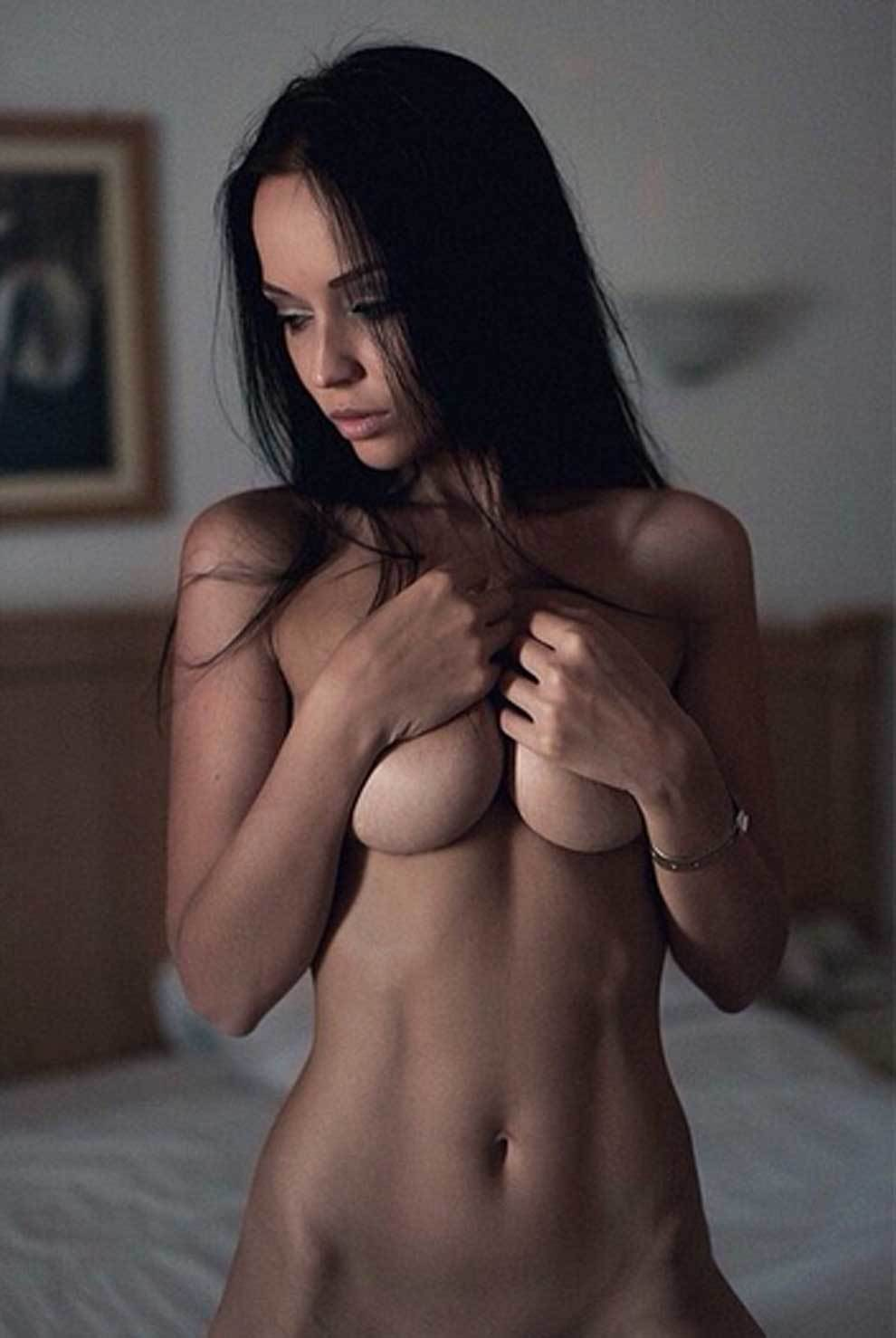 Angelina Petrova, the model who strips for Spain and for ...