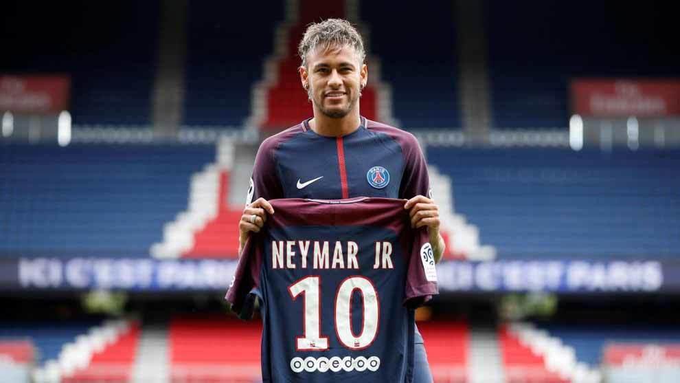 Neymar, en su presentación con el PSG