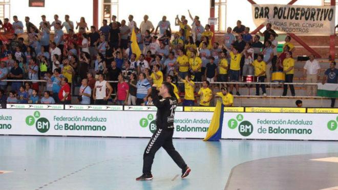Manu López durante un partido con el ARS Palma del Río