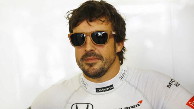 Fernando Alonso, feliz tras la calificación.