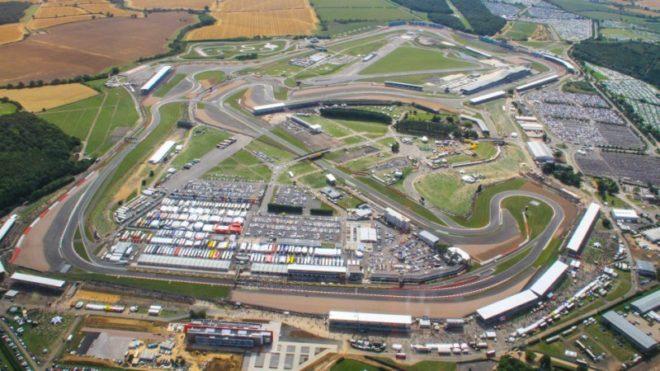 Vista aérea del circuito de Silverstone.