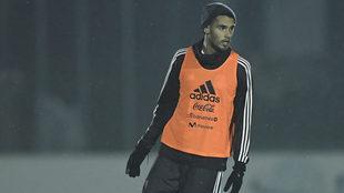Diego Reyes en entrenamiento