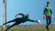 Pau L�pez, durante un entrenamiento.