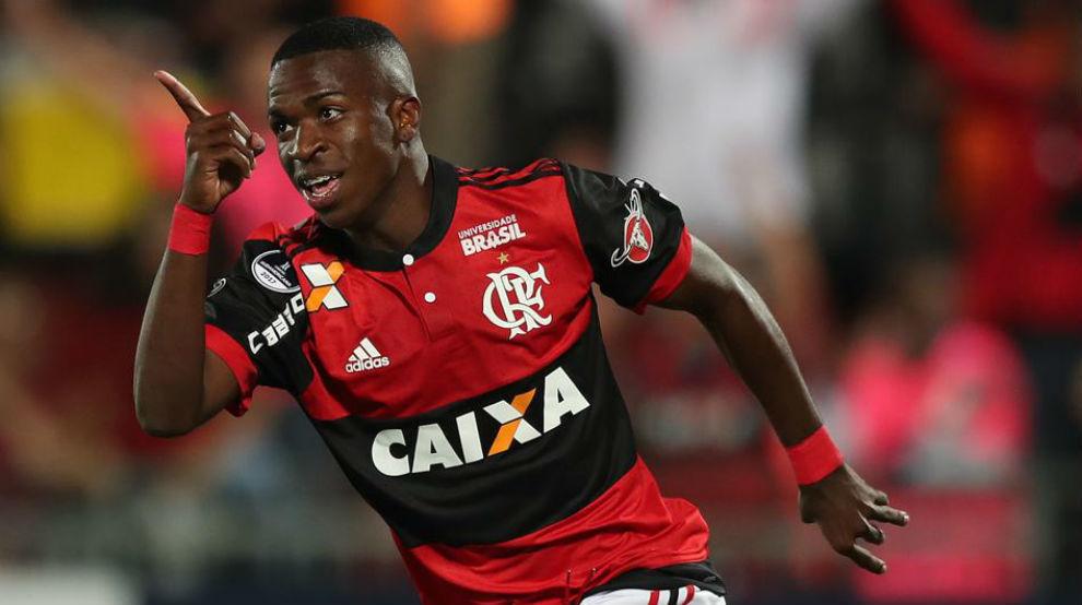 Vinicius durante un partido con el Flamengo.