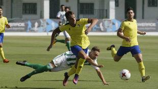 Una acción del Betis Deportivo-Écija del pasado 3 de septiembre.