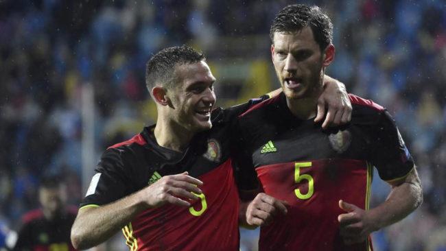 Vermaelen y Vertonghen, durante un partido con la selecci�n belga.