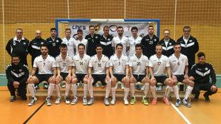 La plantilla y cuerpo técnico del Rivas Futsal, en la foto oficial...