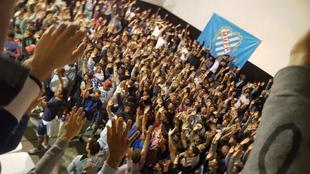 Los jugadores uruguayos, durante la asamblea