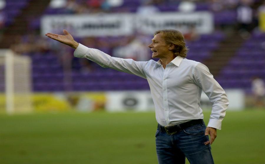 Valery Karpin durante un partido
