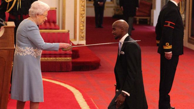 Sir Mo Farah fue condecorado hoy con la Orden del Imperio Británico...