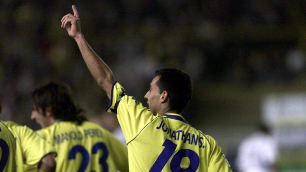 Jonathan Sesma, durante un partido con el Cádiz