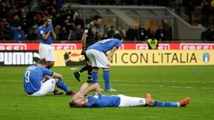 Los jugadores de Italia tras quedarse fuera del Mundial