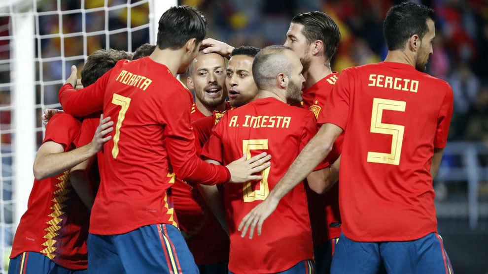 La selección comienza a preparar los partidos amistosos sin Piqué