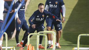 Fabián Orellana (31), durante una sesión de entrenamiento del...