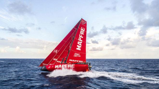 El MAPFRE, navegando hacia el Sur frente a la costa de Brasil