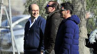 José Castro, Óscar Arias y Javi Guerrero, en la ciudad deportiva.