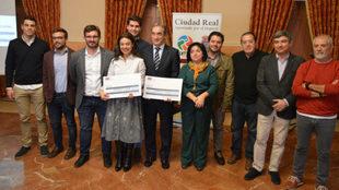 Javier Lozano y Pilar Zamora, entre otros, durante la presentación...