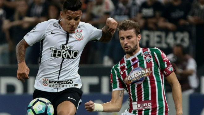Arana, en un partido con Corinthians.