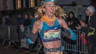 La norteamericana Camille Herron batió el récord del mundo de las...