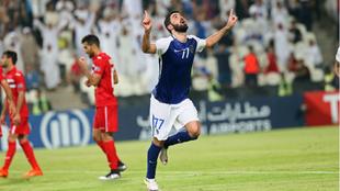 Omar Khrbin celebra uno de los tantos que marcó al Persépolis en...