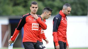Dani García, Charles y Kike García, durante un entrenamiento.