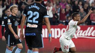 Luis Muriel celebra su gol ante el Celta