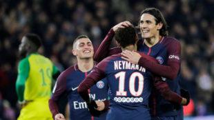 Neymar y Cavani celebran un gol con el PSG.