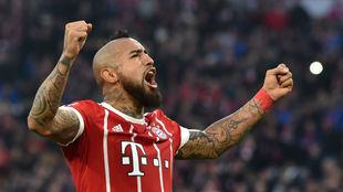 Vidal celebra el gol conseguido contra el Augsburgo.