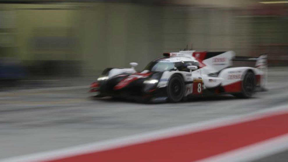 Alonso, sobre el Toyota nº8 que compartió con Buemi durante el test...