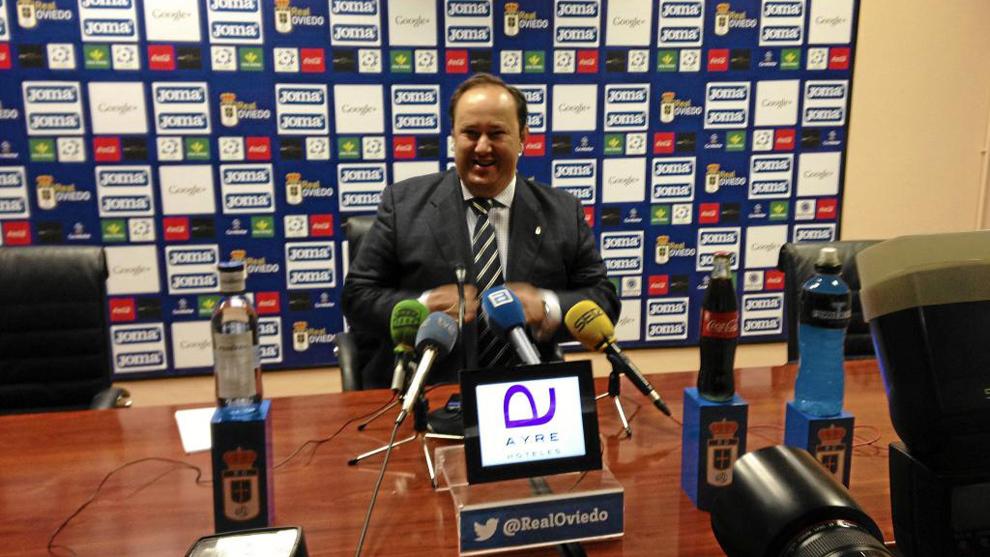 Jorge Menéndez, presidente del Oviedo, en rueda de prensa