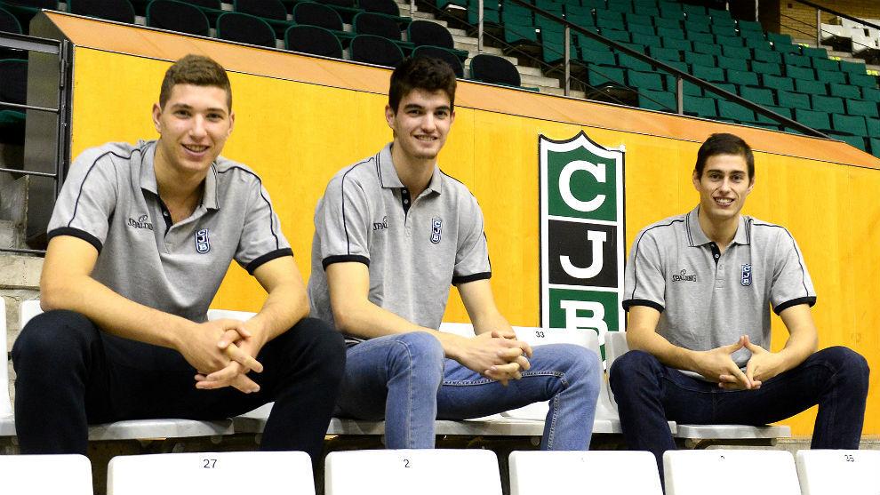 Los tres jugadores jóvenes han sido renovados este lunes