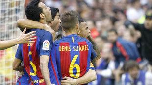 Celebración de los jugadores del Barcelona la pasada temporada.