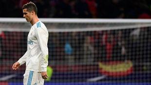 Ronaldo se retira cabizbajo tras el derbi