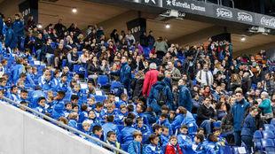 Los pequeños futbolistas del Espanyol, esta tarde en el RCDE Stadium.