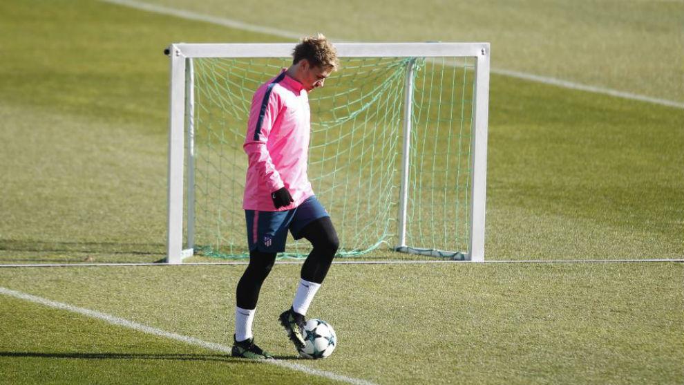 Griezmann en un entrenamiento en el Cerro