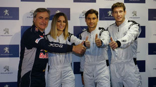 Carlos Sainz, Edurne, David Ferrer y Pablo Carreño en el circuito del...