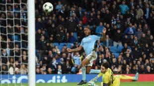 Sterling marca el gol del triunfo del City.