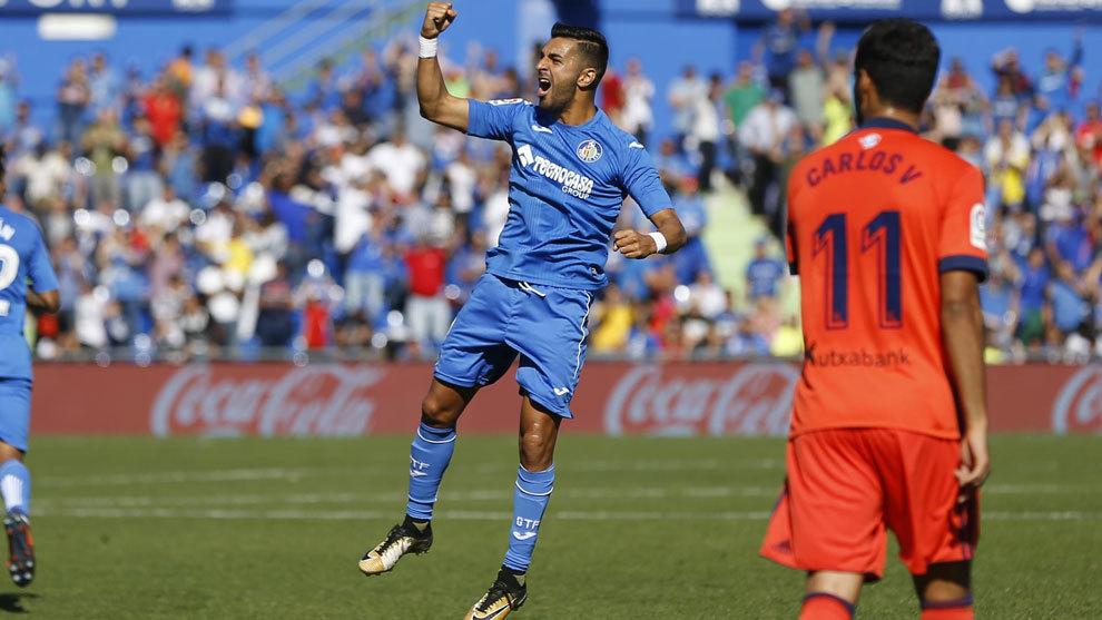 Ángel celebra un gol ante la Real Sociedad