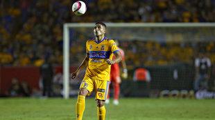 Larry Vásquez por fin debutó con los Tigres en Liga MX
