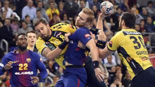El Barcelona durante un partido de la presente EHF Champions League.