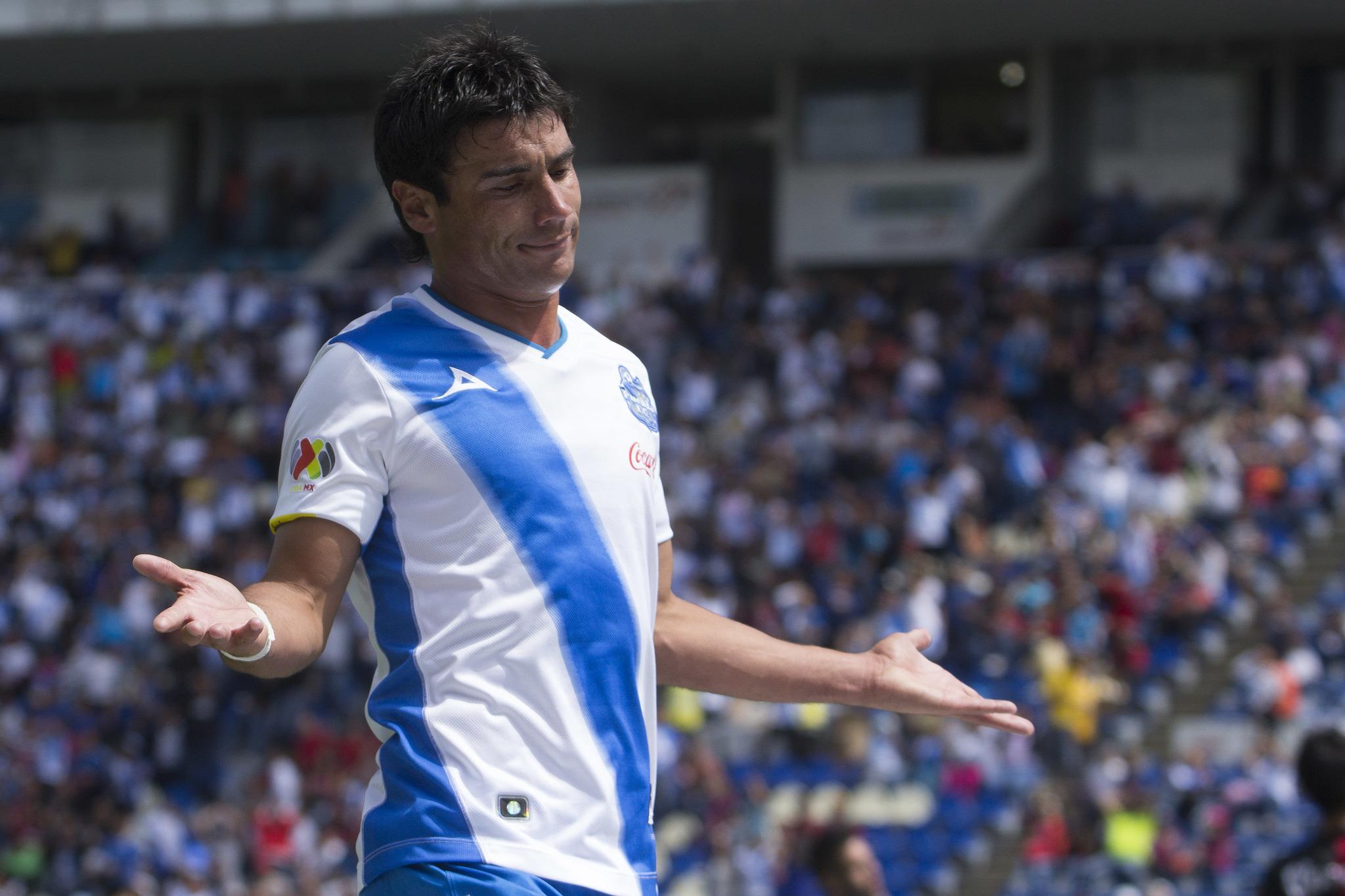 Matías Alustiza con el Puebla.