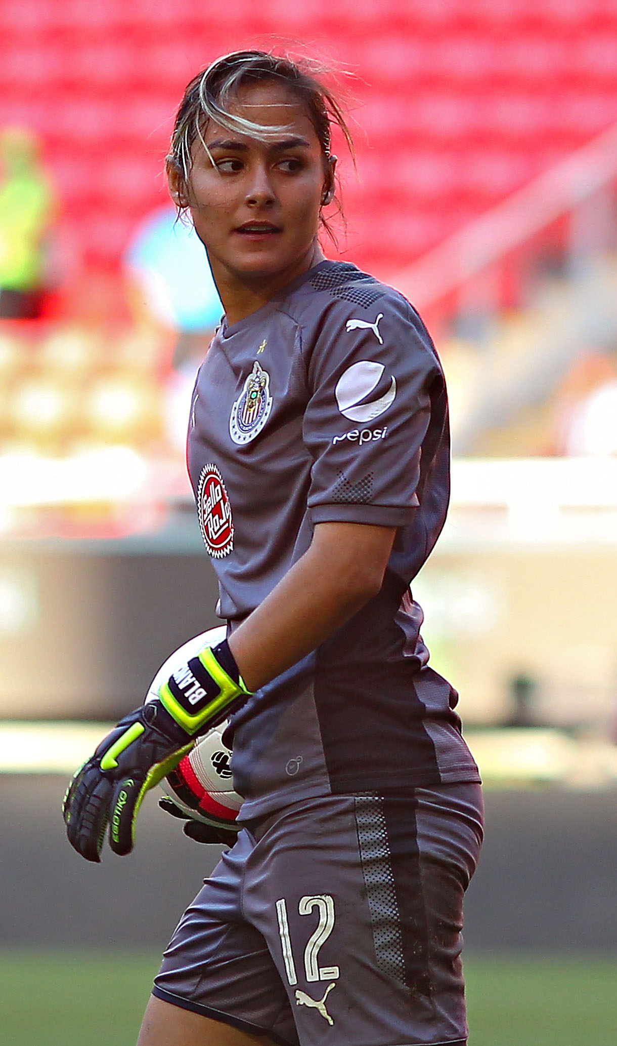 Blanca Félix, la guapa portera de las Chivas.
