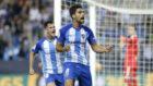 Adri�n Gonz�lez celebra un gol con el M�laga