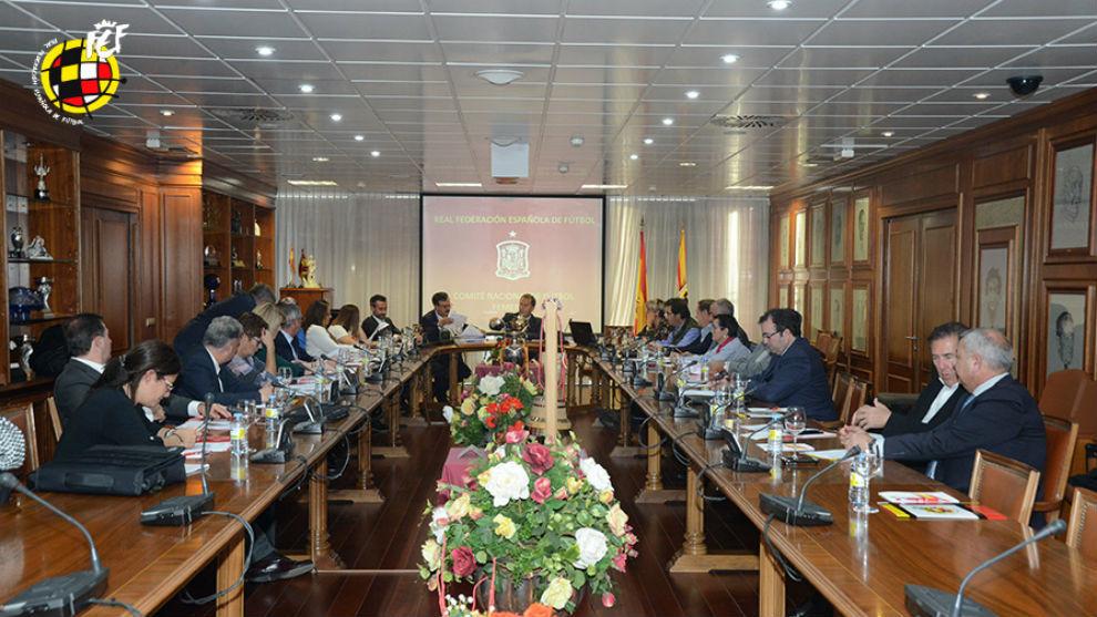 Reunión del Comité Nacional de Fútbol Femenino de la RFEF en Las...