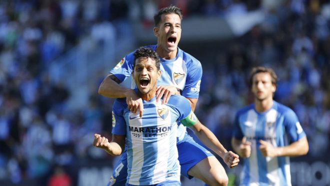 Los jugadores del Málaga celebran un gol en Liga.