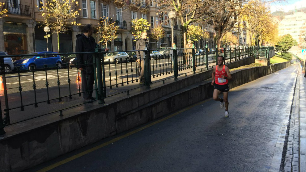 Iván Fernández terminó a 25 segundos del primero