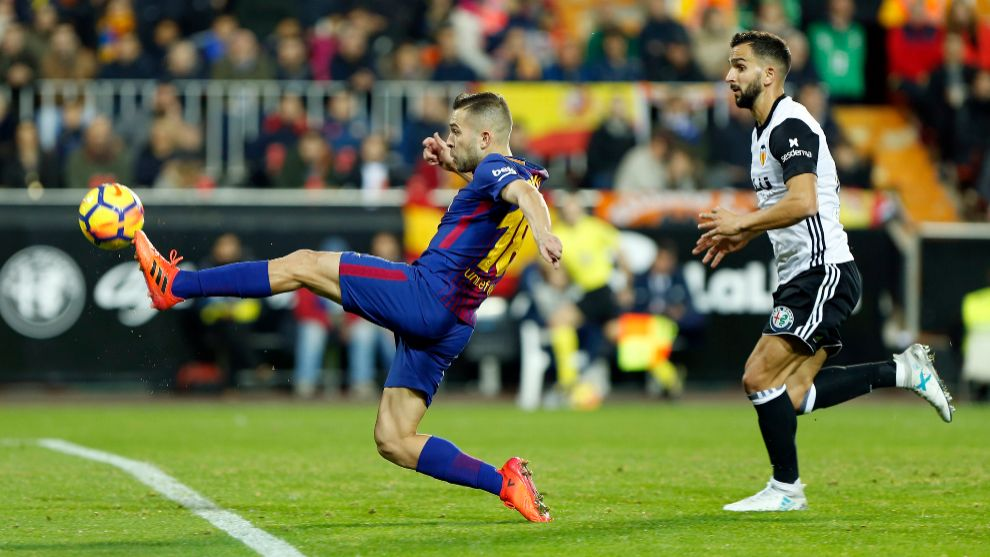 valencia vs barcelona listen to how radio marca called